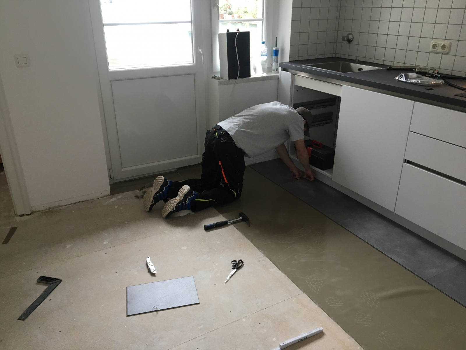 BoDomo Home – Celina und Luka verlegen ihren neuen Boden